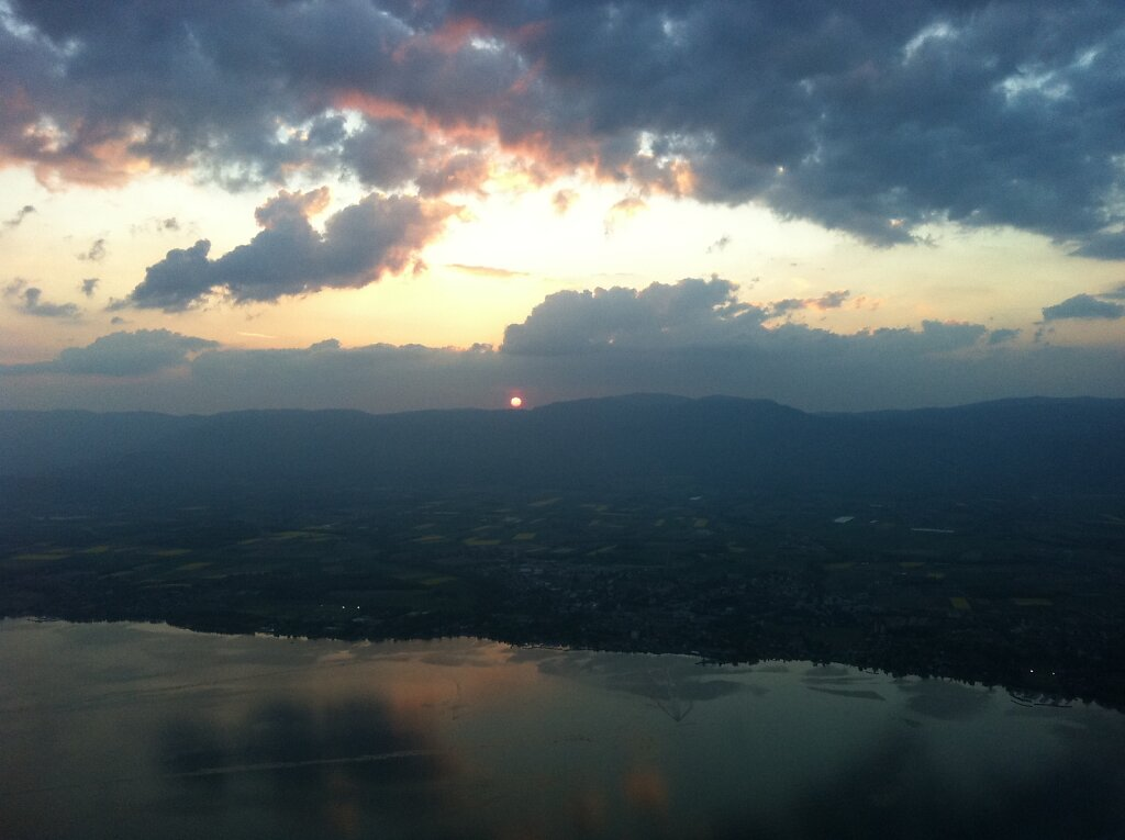 20.04.2011 München - Genf | Sunset 2 Minuten später
