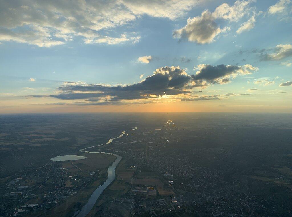 13.07.2020 Dresden - München | Sonnenuntergang über der Elbe